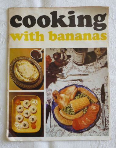 Cooking with Bananas - Geest vintage recipe booklet